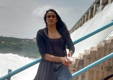 Nalgonda: Badminton player PV Sindhu With her Family and Friends Visits Nagarjuna Sagar Dam in Nalgonda on September 27, 2020. (Photo: IANS)