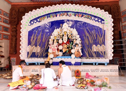 Patna: Maha Saptami celebrations underway in Patna on Oct 23, 2020. (Photo: IANS)